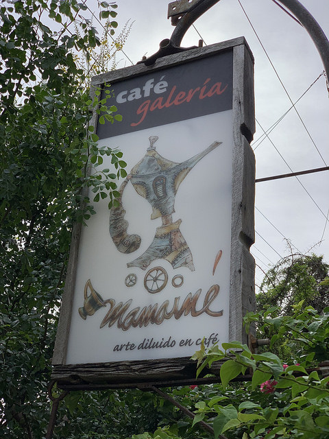 cafe mamaines